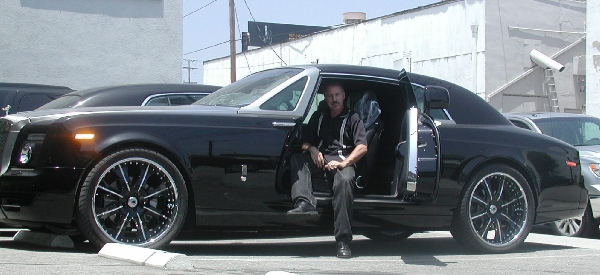 Inspection on a 2010 Rolls Royce Phantom
